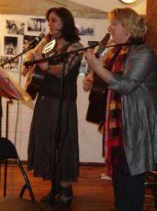 Romantische Lieder und Chansons @ Bürgerhaus Salzmannbau