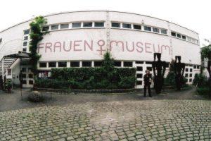 Fahrt in das Frauenmuseum Bonn @ Frauenmuseum Bonn