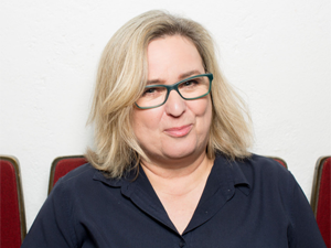 Anne Bax: Herbstläuferin @ Lesben- und Schwulenbibliothek Düsseldorf im Bürgerhaus Angermund