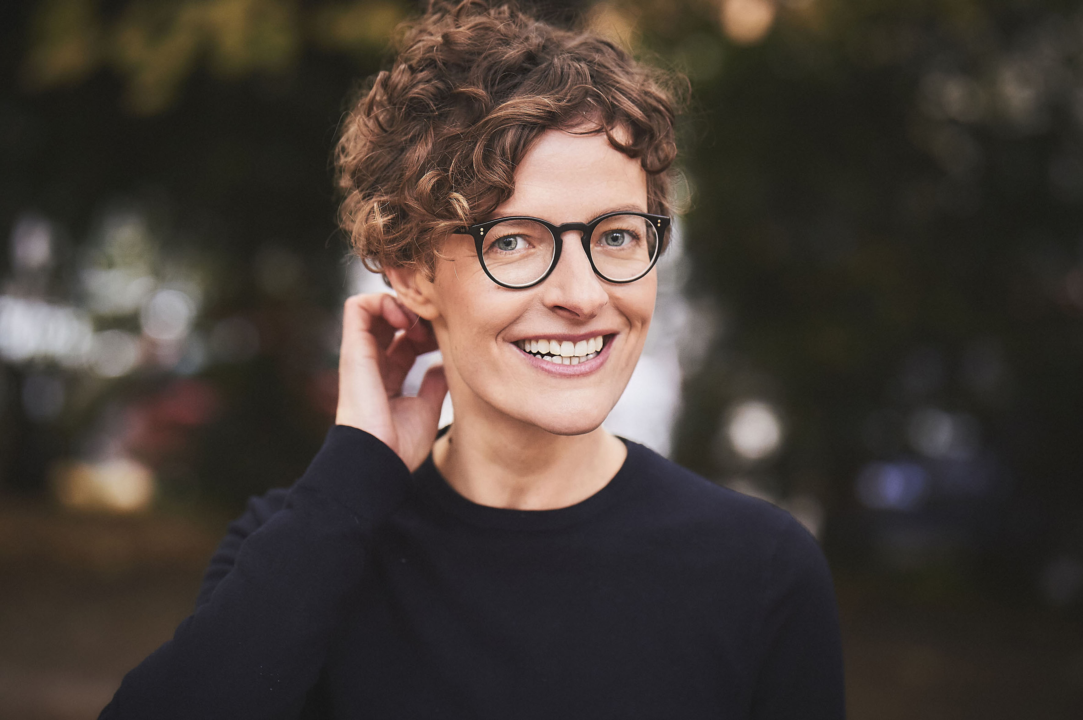 Julia Fritzsche: Tiefrot und radikal bunt - Für eine neue linke Erzählung @ zakk, Studio